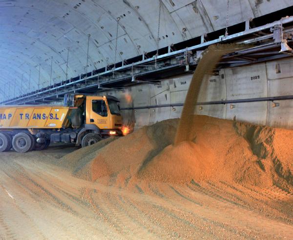 Transporte para betón, Atocha, Túnel para ferrocarril