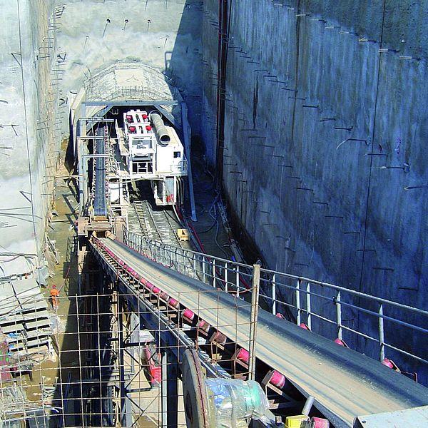 Túnel para metro en Atenas