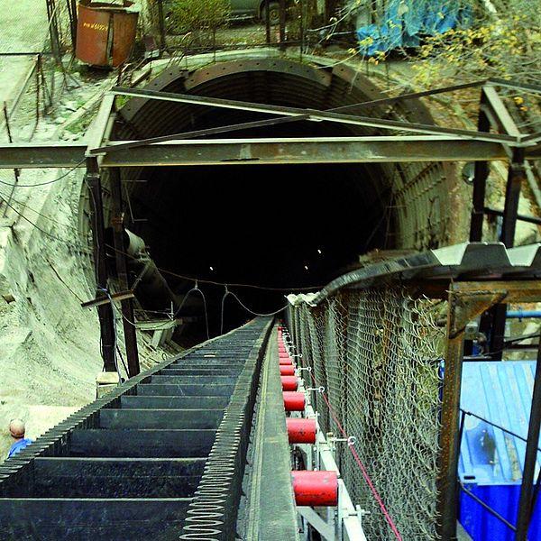 Túnel para metro en Almá-Atá
