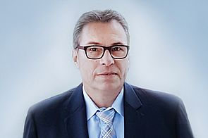 Lcdo. en ingeniería Eric Adams, gerentes de H+E Logistik GmbH