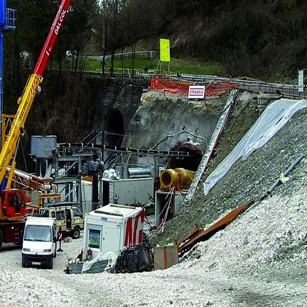 Pilot Tunnel Fae, Italy