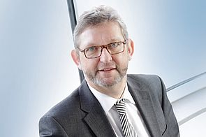 Dipl.-Ing. Gregor Enneking, Geschäftsführer der H+E Logistik GmbH